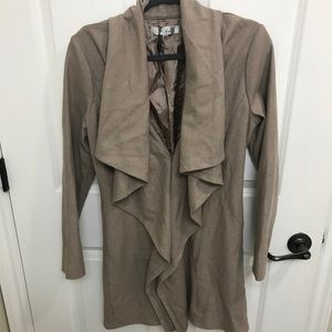 Tobi flowy jacket size M